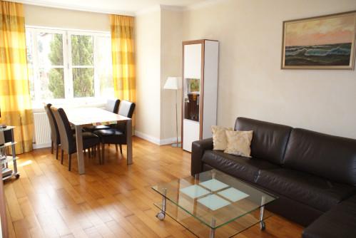 ferienwohnung in der stadtvilla in wismar. Black Bedroom Furniture Sets. Home Design Ideas